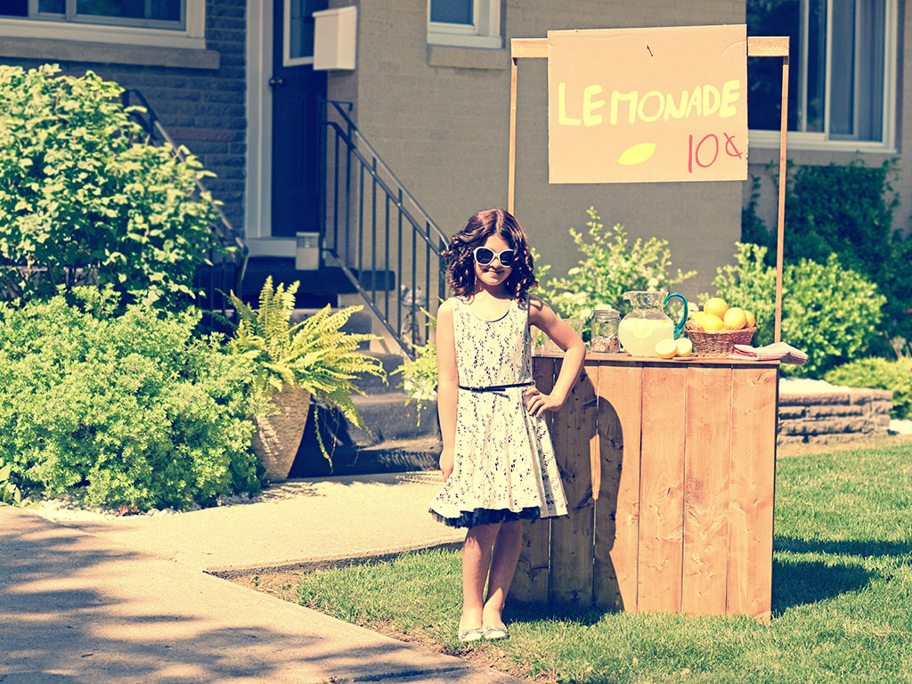 Girl selling lemonade 1