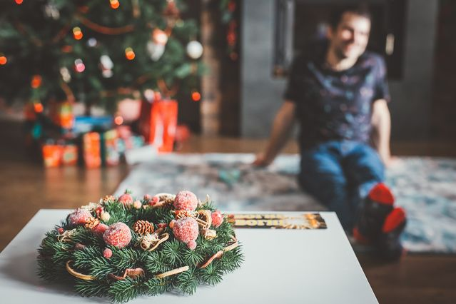 How to Deal With a Gaslighter or Narcissist During the Holidays