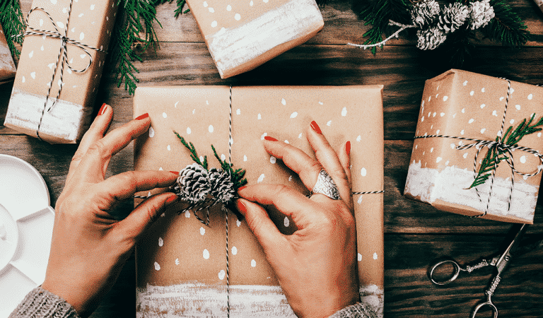 Don't Break The Bank! Check Out These 10 Cheap Great Gifts